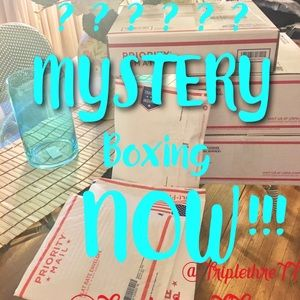 🔥Women's Mystery Boxes 5 Great Pieces🔥Clean Out